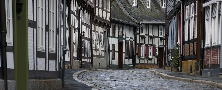 wohnungen und h user in goslar und umgebung mieten und kaufen hanke immobilien mehr leistung. Black Bedroom Furniture Sets. Home Design Ideas